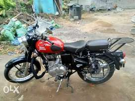 Enfield Classic 350 Redditch - Red