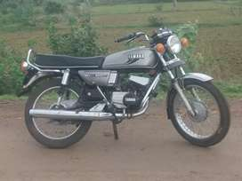 Rx100 fully tiptop condition mein hai