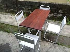set meja kursi kekinian