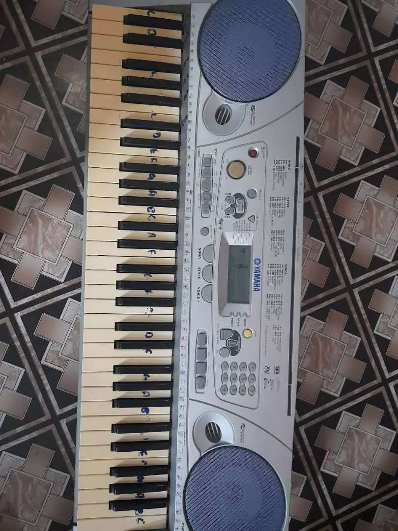 Piano original Yamaha 0