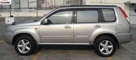 Nissan Xtrail ST 2.5 AT Abu-abu Tahun 2004 / 2005