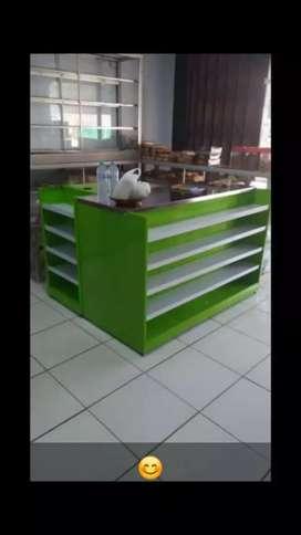 Meja kasir retail modern