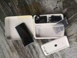 HTC u 11 plus.. Full box kit