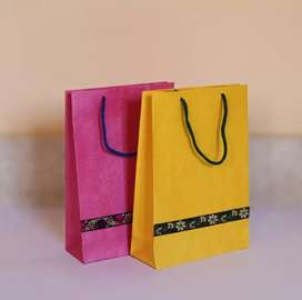 Marketing boy/girl need for marketing of paper carry bag