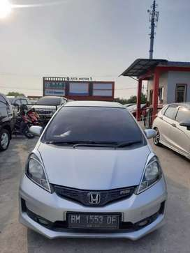 Jazz 2013 RS matic. Km 60rb