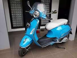 Vespa Primavera 50th anniversary limited edition