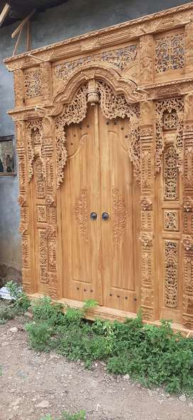 yusuf cuci gudang pintu gebyok gapuro jendela rumah masjid musholla