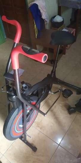 Sepeda fitnes platinum bike dua fungsi