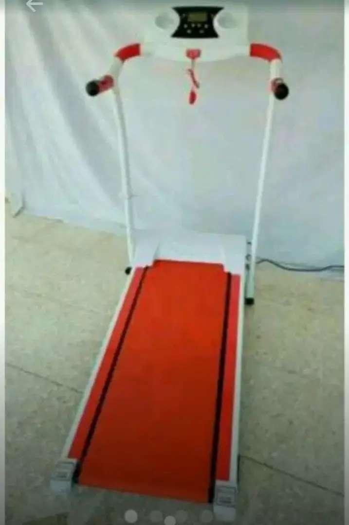 Alat fitnes/treadmill elektrik walking 1 fungsi 0