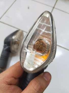 Lampu sen cbr old.ama Stang Ori vixion.versa gress original