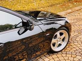 Mercedes Benz E200 pribadi 2011 nik 2010 mobil simpanan velg ori ada