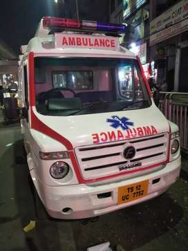 Ambulance for sale with fiber interior rearly used
