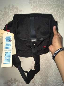 Sling bag TFG, bukan converse, vans, nike, adidas, LV, kenzo, tumi