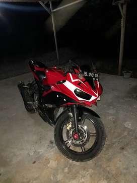 Yamaha r15 penjualan individu