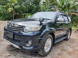Toyota Fortuner G Trd diesel  automatic th 2011