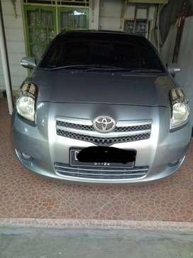 Toyota yaris 2008,  km masih rendah