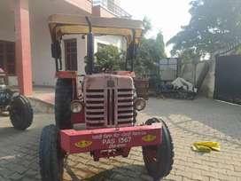 Mahindra 475 da Engine rakha hoea yyy full oky