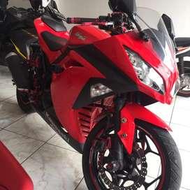 Kawasaki ninja 250 fi merah 2015