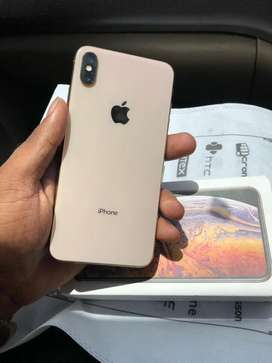 iPhone XS Max -64 GB - full kit -100% condition - with warranty