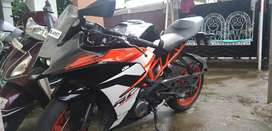Selling RC 390 2017 March Model