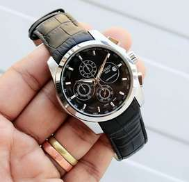 Refurbished branded leather watch on CASH ON DELIVERY price negotiable