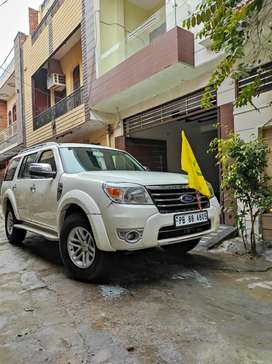 Ford Endeavour 2011