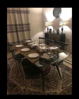 Dinning table with chairs exellent quality