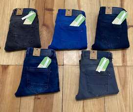 UNITED FASHION COLORS PANTS available for wholesale
