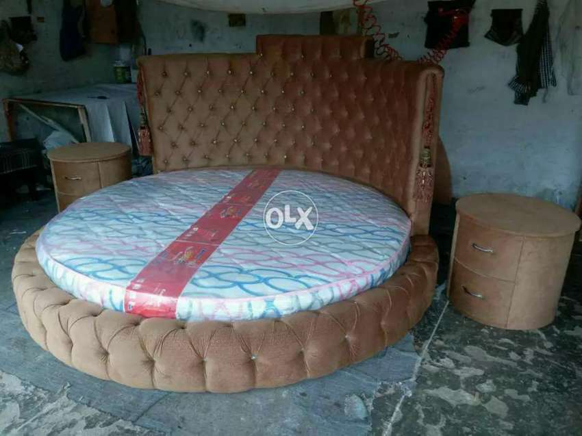 Carwoo bed with side table 0