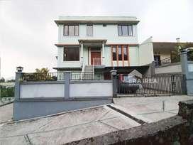 Villa Tawangmangu Karanganyar