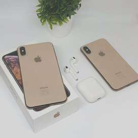 Apple I Phone X MAX are available on 25% discount with COD available
