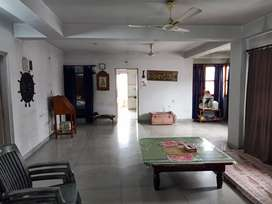 3 bhk semi furnished flat