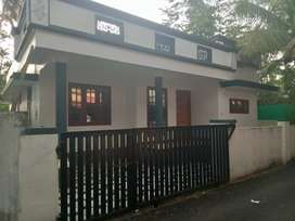 3 bhk 900 sqft house for sale at kalamassery near muppathadam
