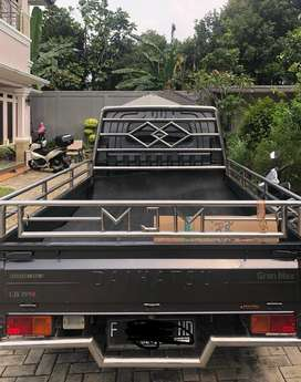 Mobil grand max pick up