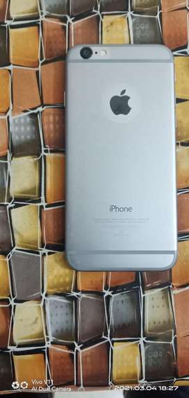 Brand new condition with 18d glass (screen guard) and phone cover