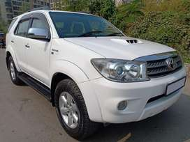 Toyota Fortuner 4x4 Manual Limited Edition, 2011, Diesel