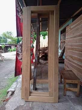jendela kayu jati perhutani