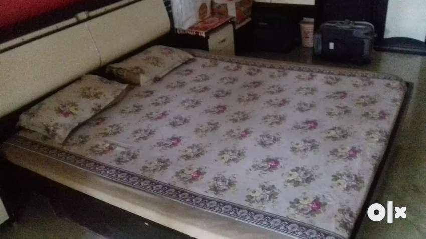 Bedroom set 0