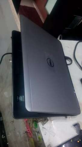Dell core i7 Laptop, 8gb ram, 128gb SSD original charger