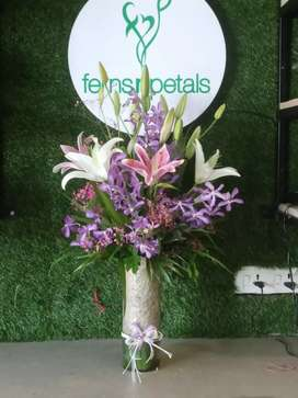 delivery executive needed for floral shop