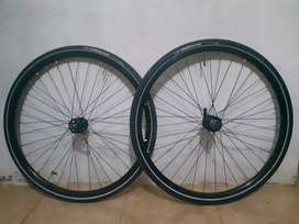 Wheelset 29/700er + ban maxxis