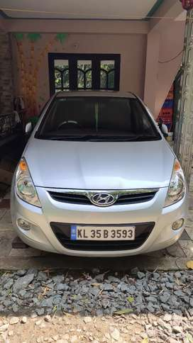 Hyundai  i20 astha abs 1.4 CRDI 6 speed 2010 diesel full option