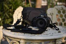 Nikon coolpix p1000 (1 year, barely used)