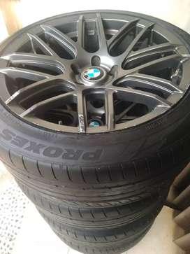 Velg R19 BMW plus Ban Toyo