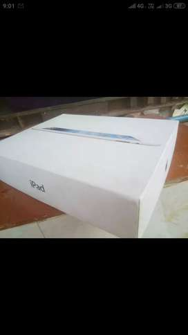 iPad with  Bluetooth key board in Best condition