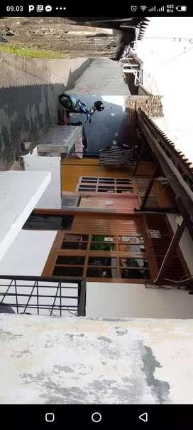 Rumah kontrakan 2 pintu