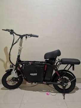 Sepeda Listrik Golden Black dan Grosir Scooter