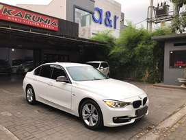 BMW 320i sport F30 A/T '2014 N tgn 1 kondisi ciamik