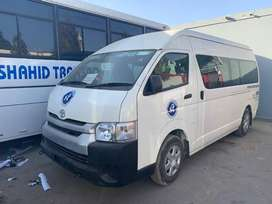 Toyota Hiace Hi Roof 2.5 Up Spec