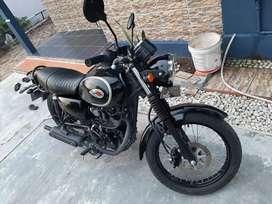 Kawasaki w175 hitam